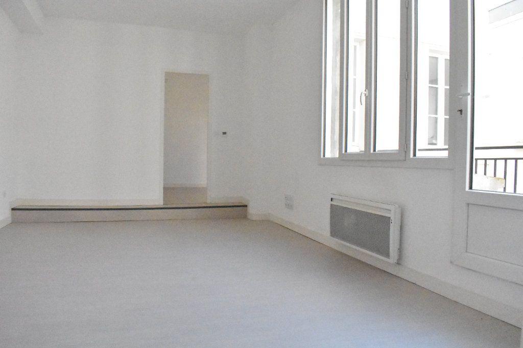 Appartement à louer 2 43.5m2 à Rochefort vignette-1