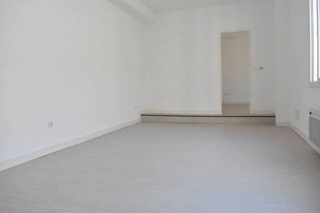Appartement à louer 2 43.5m2 à Rochefort vignette-2