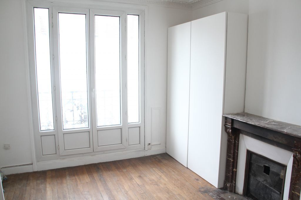 Appartement à louer 4 73m2 à Aubervilliers vignette-1
