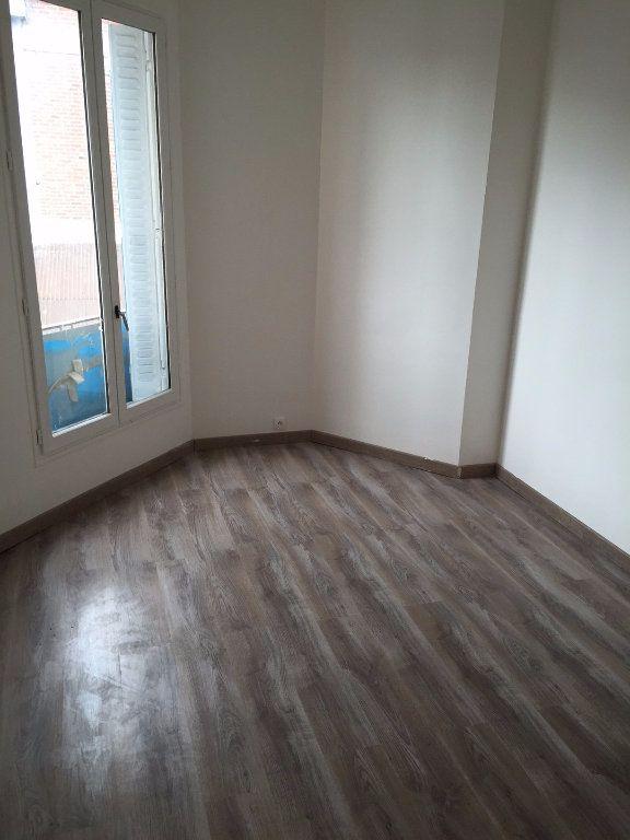 Appartement à louer 1 20m2 à La Courneuve vignette-2