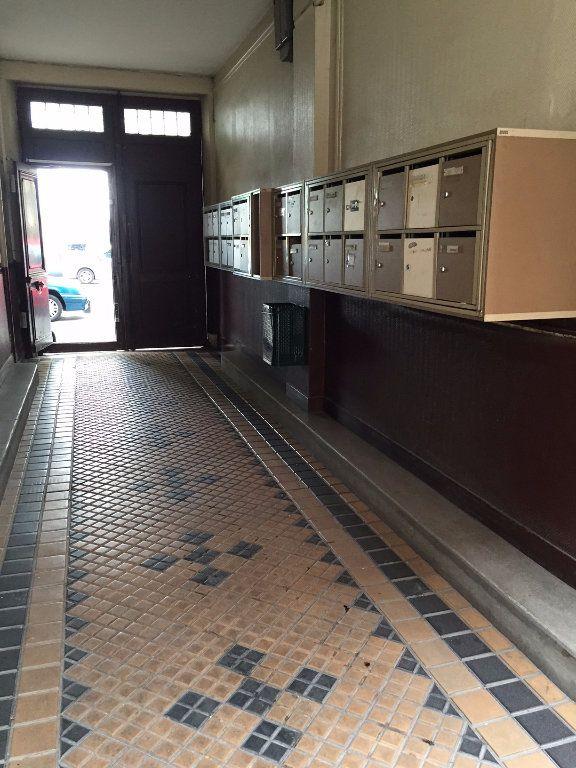 Appartement à louer 1 20m2 à La Courneuve vignette-3
