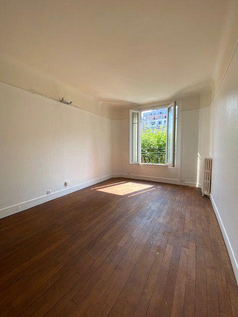 Appartement à louer 2 43m2 à Aubervilliers vignette-1