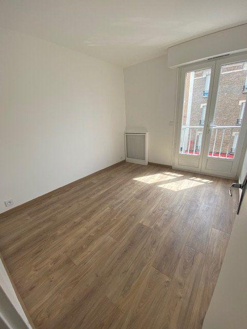 Appartement à louer 2 42.35m2 à Aubervilliers vignette-5