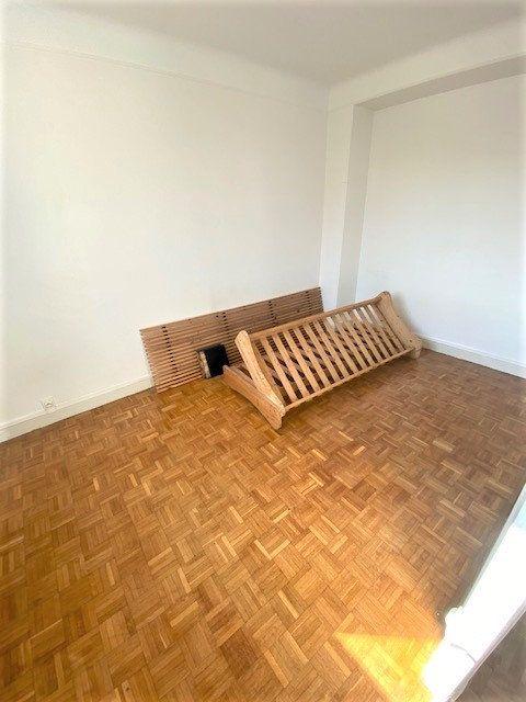 Appartement à louer 3 54m2 à Aubervilliers vignette-3