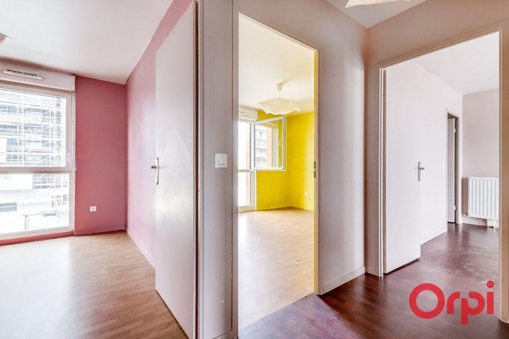 Appartement à vendre 4 90.87m2 à Saint-Denis vignette-12