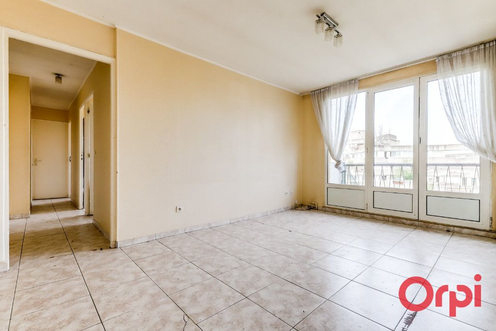 Appartement à vendre 4 65m2 à Aubervilliers vignette-1