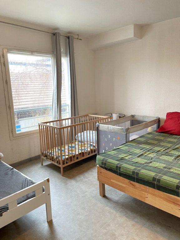 Appartement à vendre 2 42.95m2 à Saint-Denis vignette-3