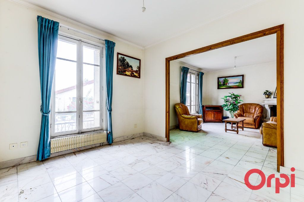 Maison à vendre 7 164m2 à Aubervilliers vignette-4