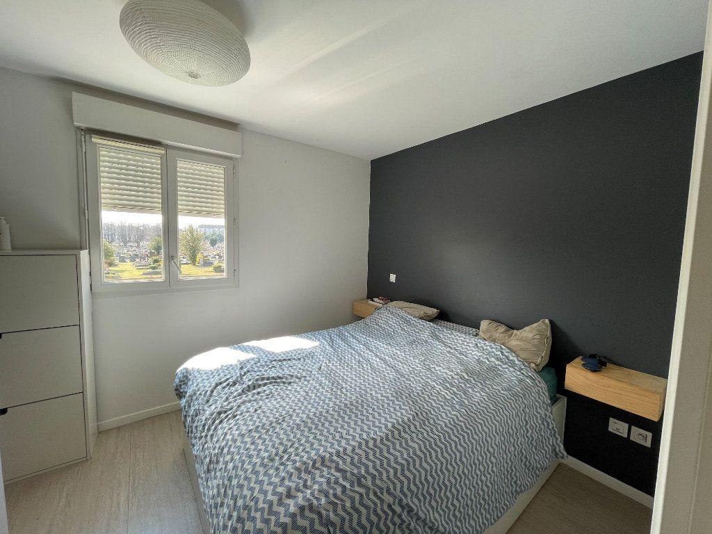 Appartement à vendre 4 90.45m2 à Saint-Denis vignette-10