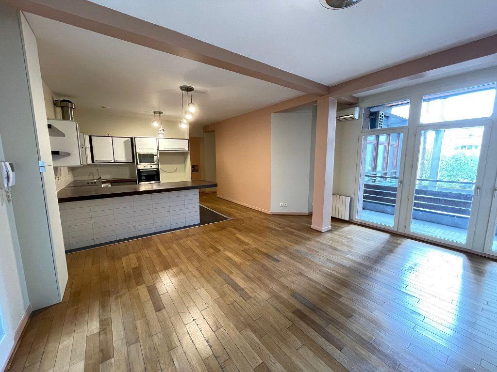 Appartement à vendre 4 92.86m2 à Saint-Denis vignette-8