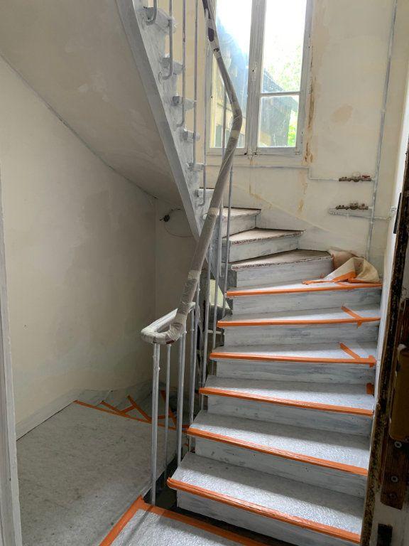 Appartement à vendre 3 50.01m2 à Aubervilliers vignette-2