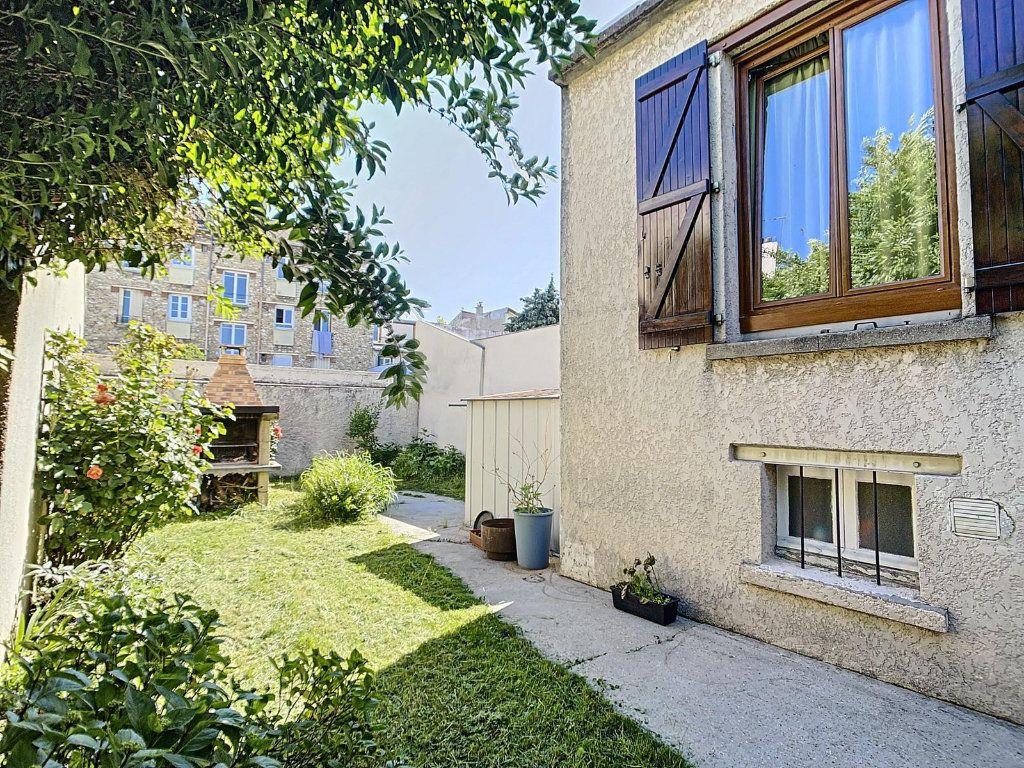 Maison à vendre 3 75m2 à Épinay-sur-Seine vignette-2