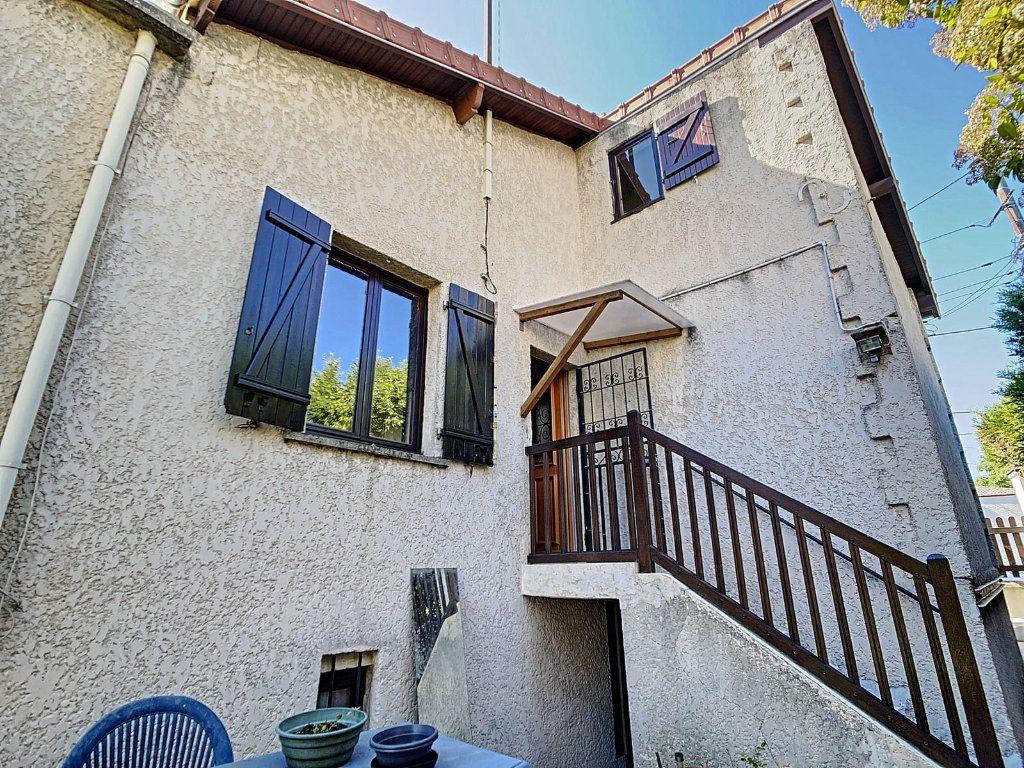Maison à vendre 3 75m2 à Épinay-sur-Seine vignette-3