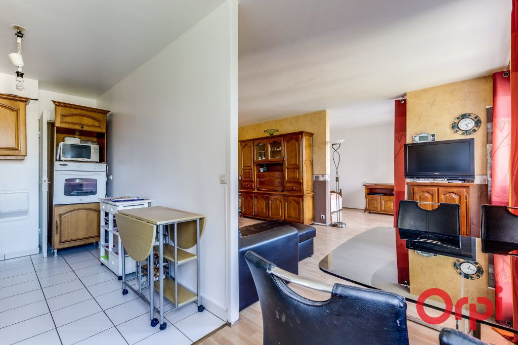 Appartement à louer 3 63m2 à Saint-Denis vignette-5