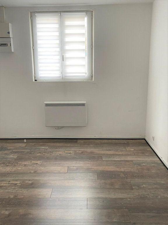 Appartement à louer 1 15m2 à Épinay-sur-Seine vignette-1