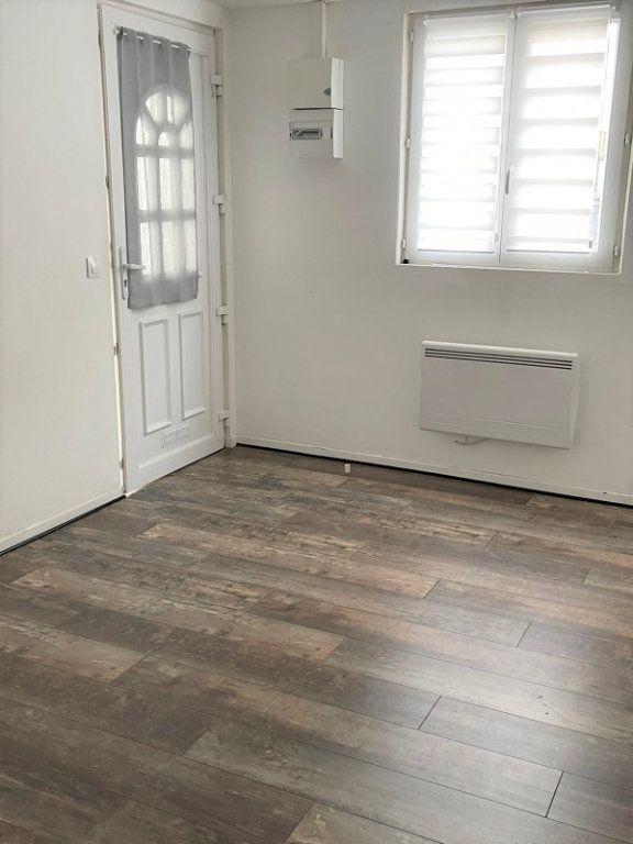 Appartement à louer 1 15m2 à Épinay-sur-Seine vignette-3
