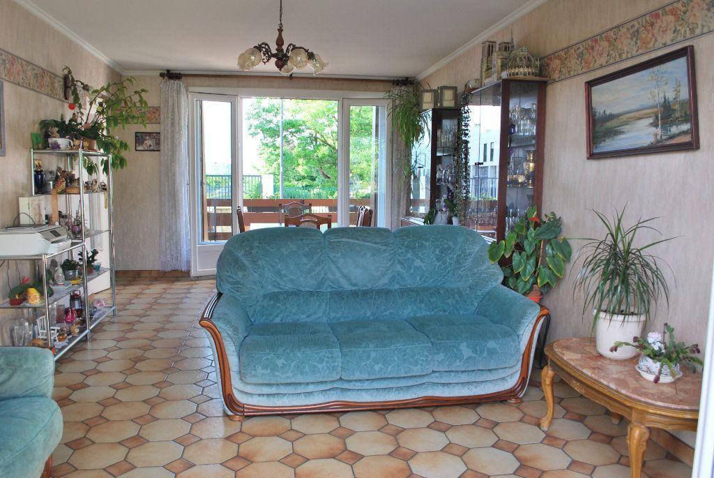 Maison à vendre 6 105m2 à Pierrefitte-sur-Seine vignette-10