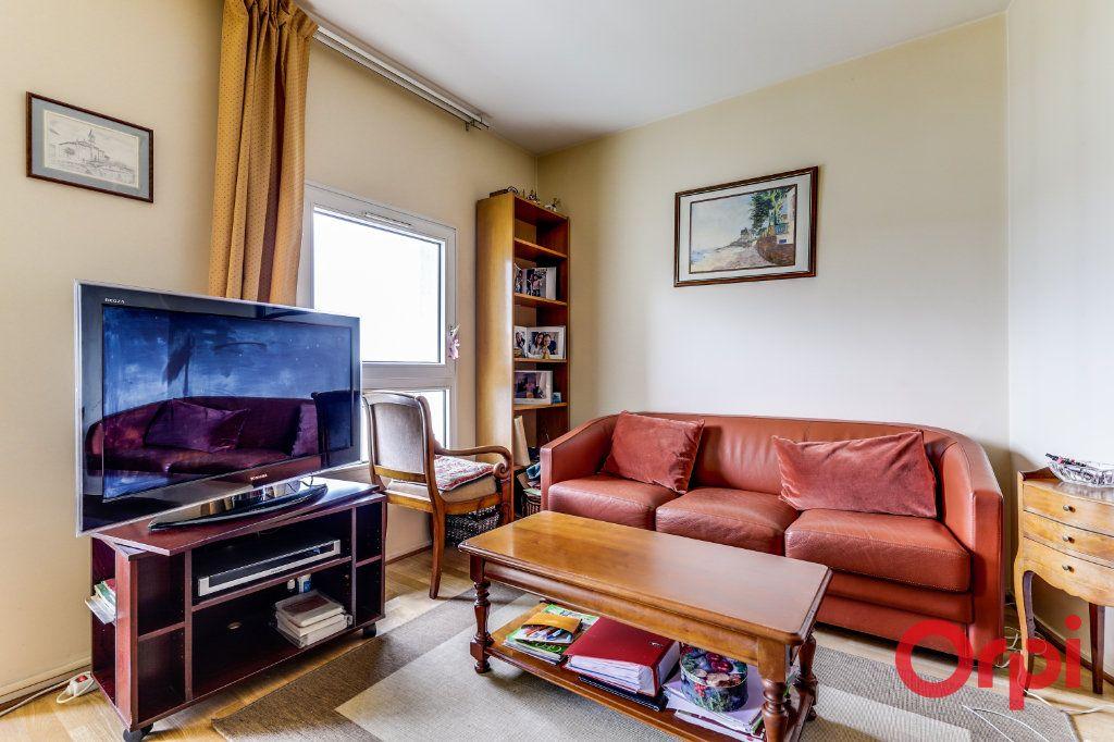 Appartement à vendre 4 78m2 à Saint-Denis vignette-6