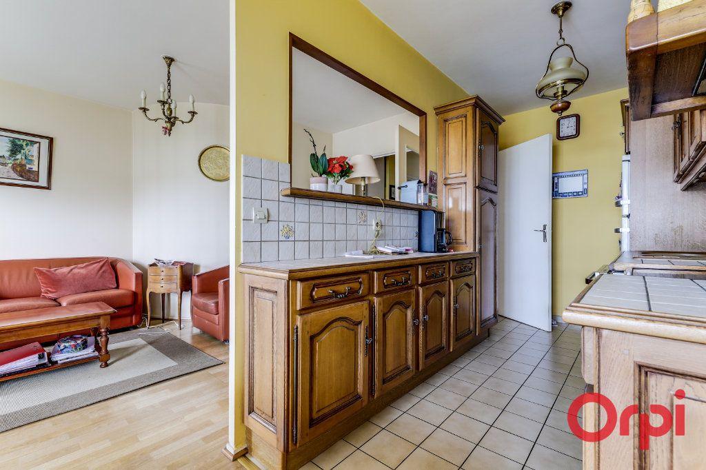 Appartement à vendre 4 78m2 à Saint-Denis vignette-7