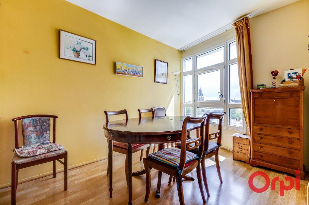 Appartement à vendre 4 78m2 à Saint-Denis vignette-8