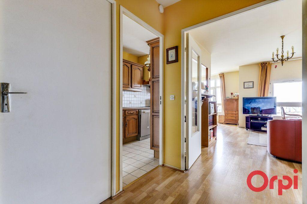 Appartement à vendre 4 78m2 à Saint-Denis vignette-12