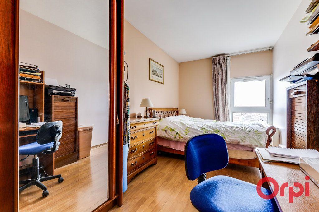 Appartement à vendre 4 78m2 à Saint-Denis vignette-14