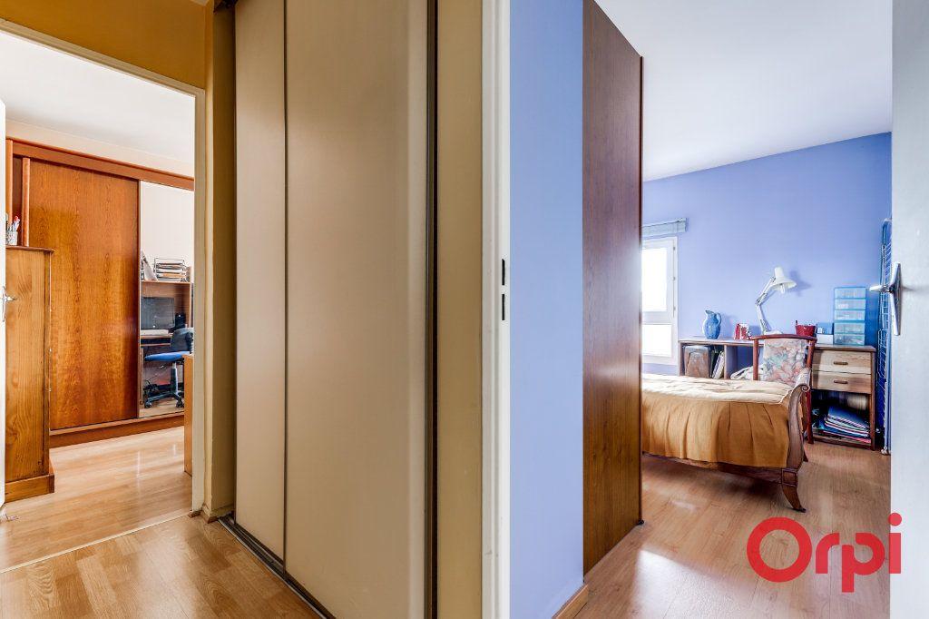 Appartement à vendre 4 78m2 à Saint-Denis vignette-16