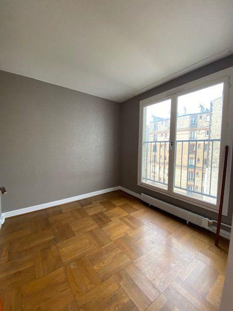 Appartement à louer 1 33.13m2 à Paris 18 vignette-5