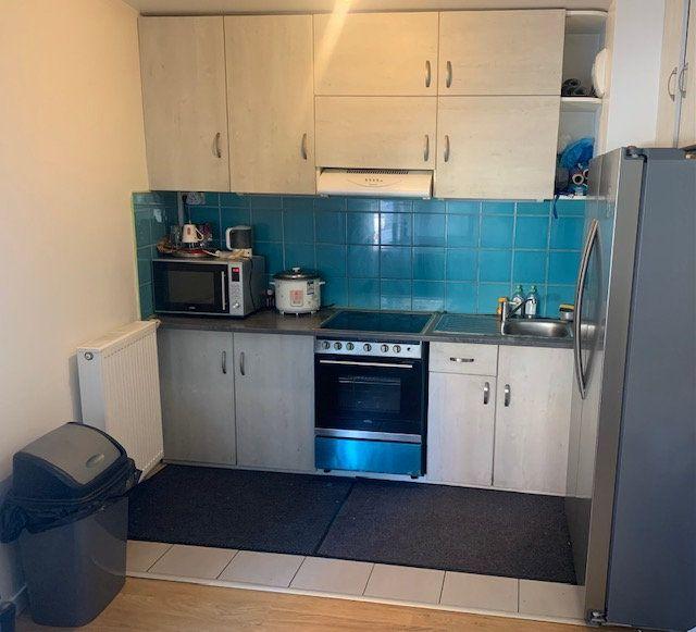 Appartement à vendre 3 58.07m2 à Aubervilliers vignette-2