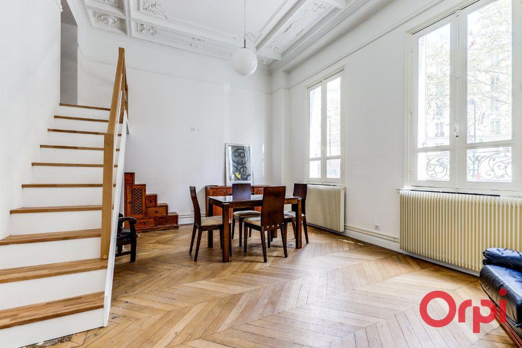 Appartement à louer 3 60m2 à Aubervilliers vignette-1
