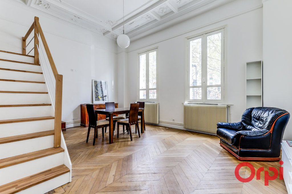 Appartement à louer 3 60m2 à Aubervilliers vignette-2