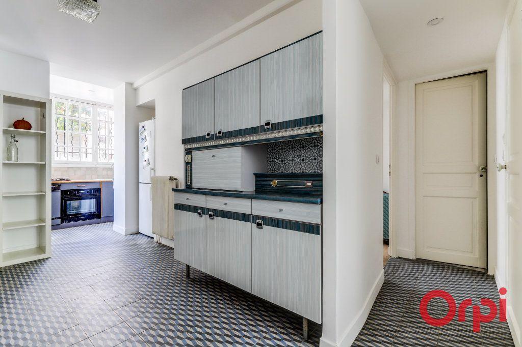 Appartement à louer 3 60m2 à Aubervilliers vignette-3