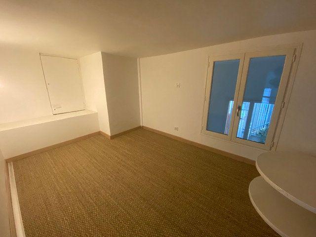 Appartement à louer 3 60m2 à Aubervilliers vignette-5