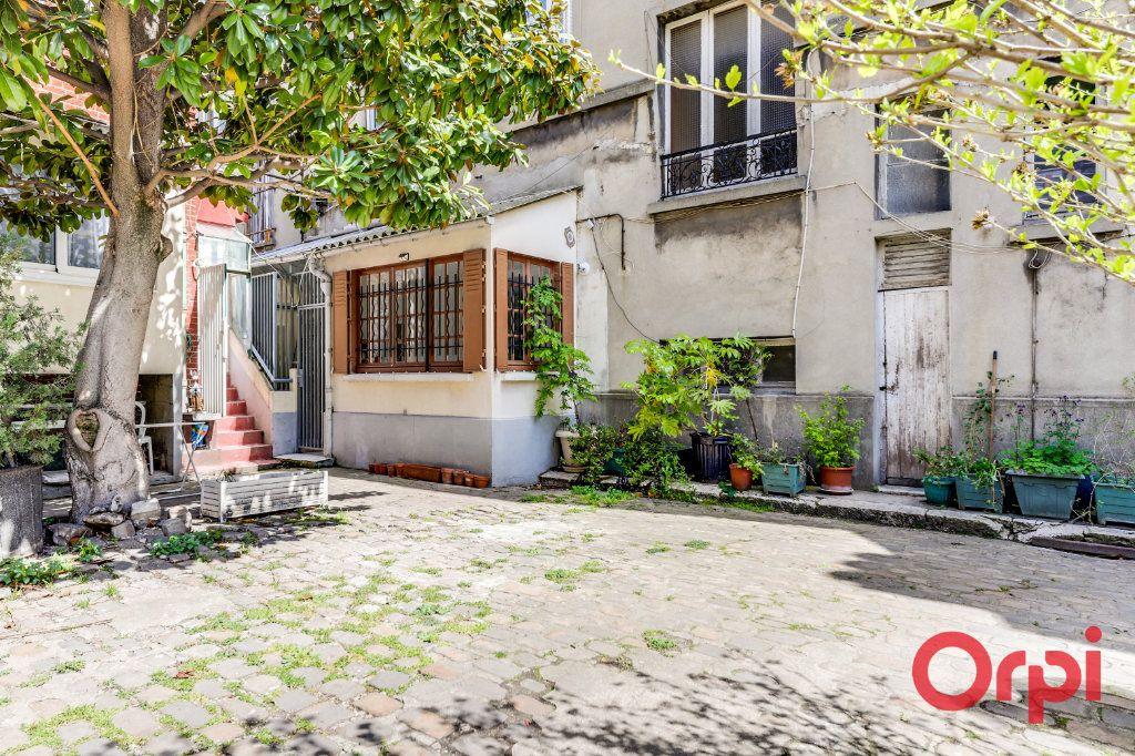 Appartement à louer 3 60m2 à Aubervilliers vignette-8