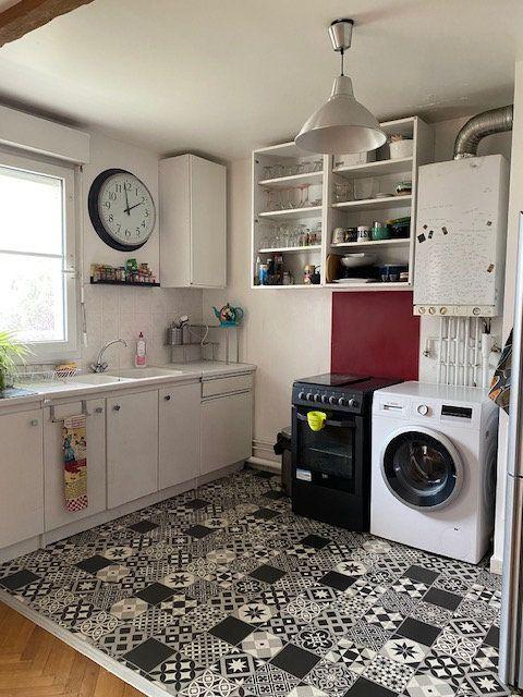 Appartement à louer 3 57.9m2 à Saint-Denis vignette-4