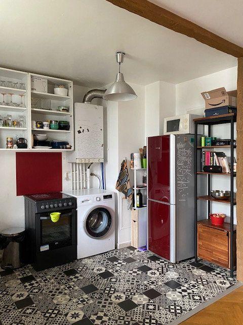 Appartement à louer 3 57.9m2 à Saint-Denis vignette-5