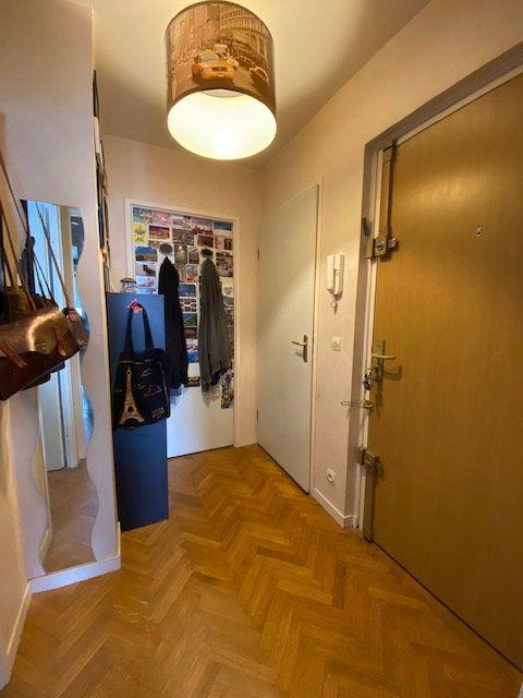 Appartement à louer 3 57.9m2 à Saint-Denis vignette-6