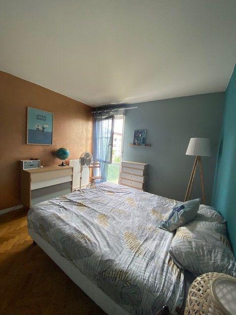 Appartement à louer 3 57.9m2 à Saint-Denis vignette-11