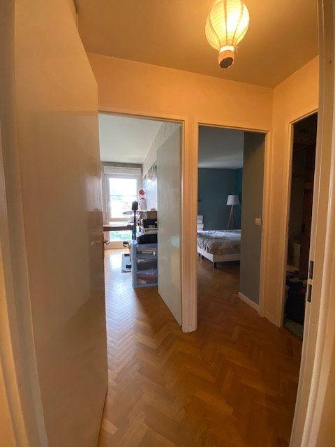 Appartement à louer 3 57.9m2 à Saint-Denis vignette-14