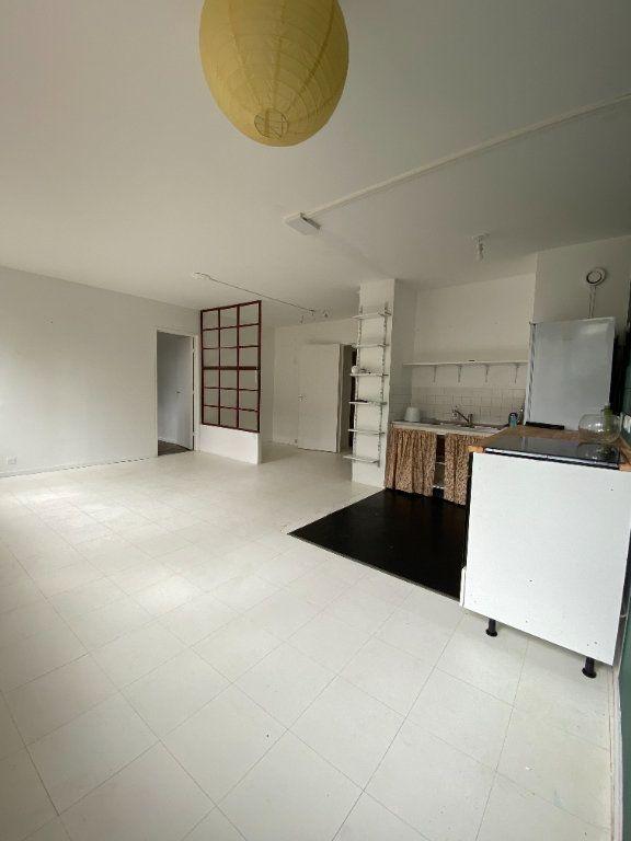 Appartement à louer 2 47.97m2 à Bagnolet vignette-2