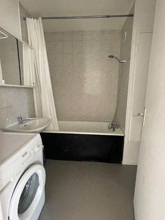Appartement à louer 2 47.97m2 à Bagnolet vignette-8