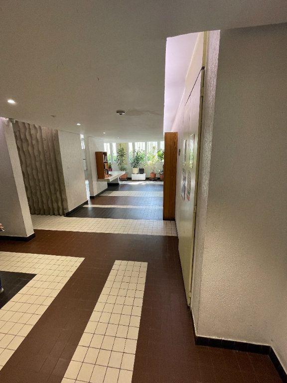 Appartement à louer 2 47.97m2 à Bagnolet vignette-9