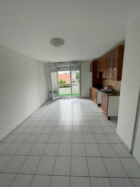 Appartement à louer 2 40m2 à Pierrefitte-sur-Seine vignette-2