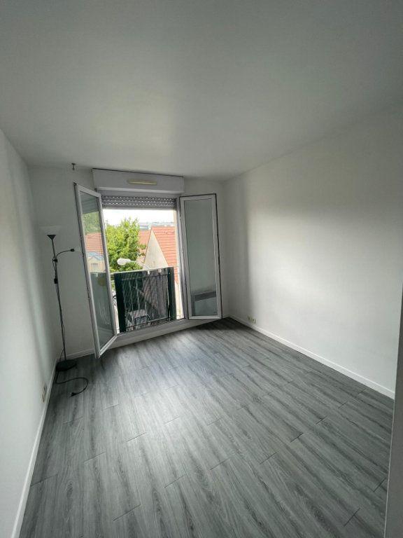 Appartement à louer 2 40m2 à Pierrefitte-sur-Seine vignette-6