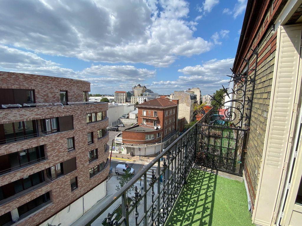 Appartement à louer 2 38m2 à Pantin vignette-1