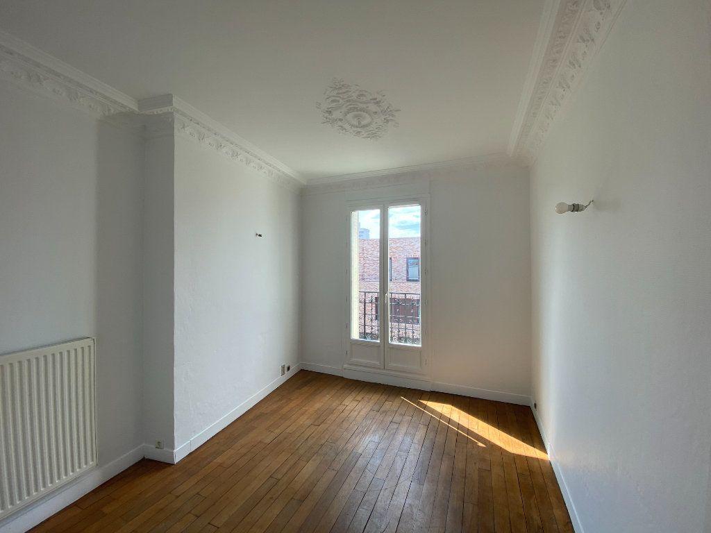 Appartement à louer 2 38m2 à Pantin vignette-4
