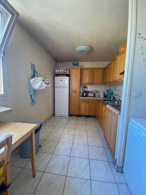Appartement à louer 3 72m2 à Saint-Denis vignette-3