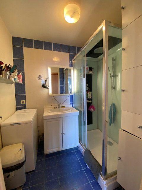 Appartement à louer 3 72m2 à Saint-Denis vignette-7