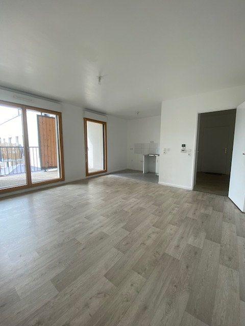 Appartement à louer 3 67m2 à Saint-Denis vignette-1