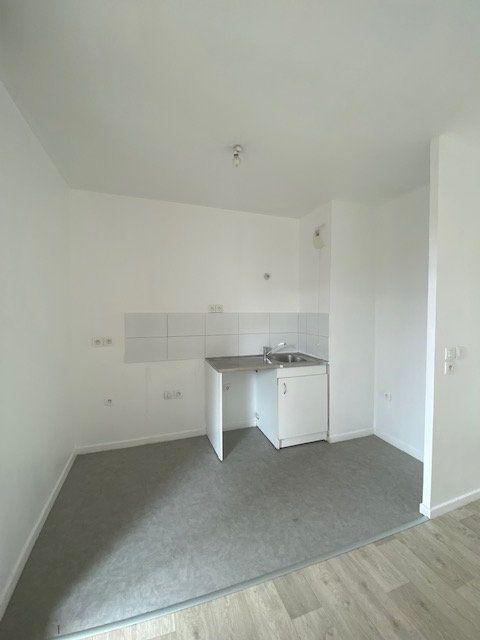 Appartement à louer 3 67m2 à Saint-Denis vignette-3